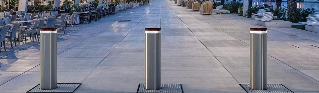 F12 HI Lungomare 3134 web - US - Traffic Bollards - Vehicle Access Control Systems - FAAC Bollards - FAAC